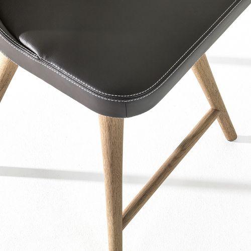 Möbeldesign Stuhl Julietta Detail