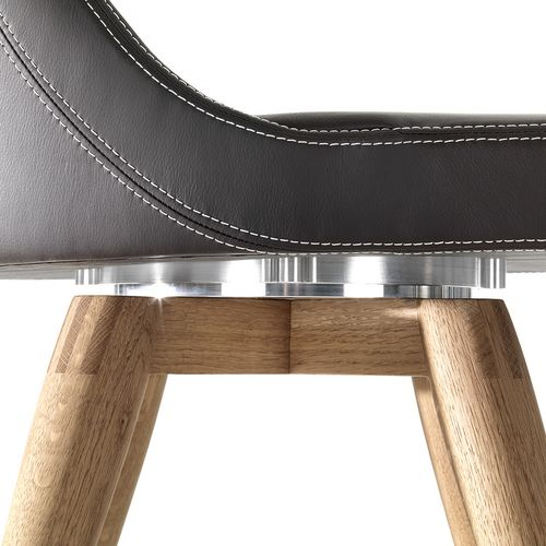 Möbeldesign Stuhl Julietta Drehteller